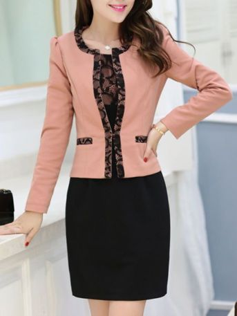 Suggestion for using a lace bodycon dress at work.