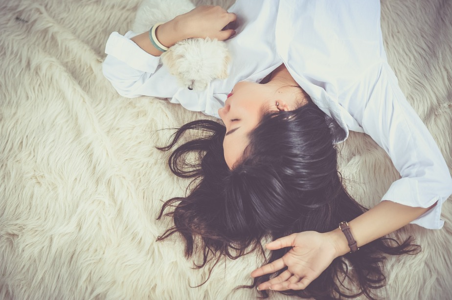 3 Tricks to Get Enough Sleep